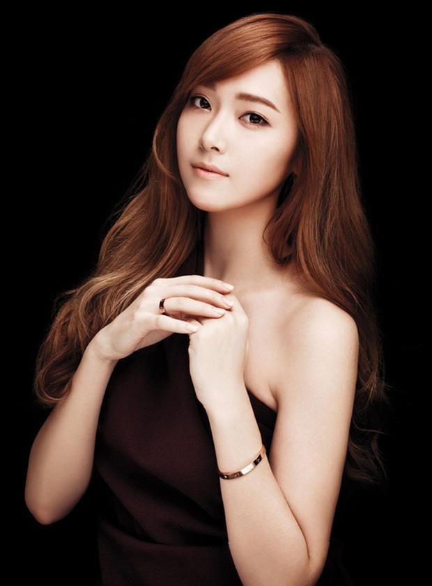 Chi Pu, Quỳnh Anh Shyn cùng chi đến gần 300 triệu đồng cho những chiếc vòng Love của Cartier - Ảnh 11.
