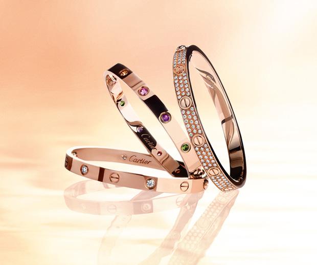 Chi Pu, Quỳnh Anh Shyn cùng chi đến gần 300 triệu đồng cho những chiếc vòng Love của Cartier - Ảnh 1.